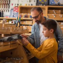 Mechaniki i pracy uczy nas tata